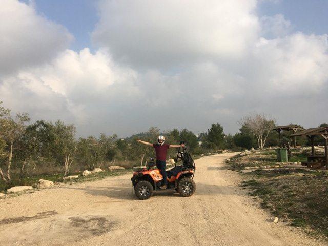 טיול טרקטורונים בירושלים | טרקטורון