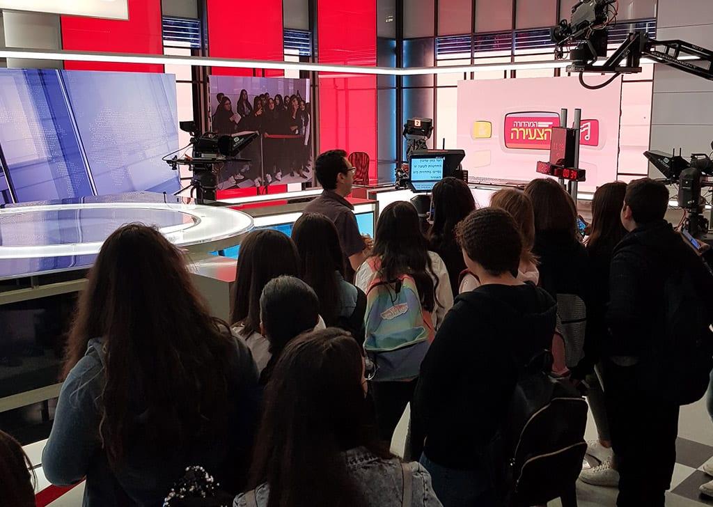 סיור בחדשות ערוץ 2